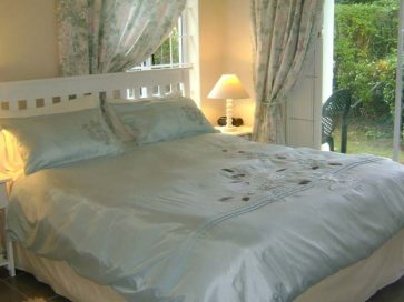 Riversong Hout Bay- Secure & Cosy  Self-Catering Holiday Living